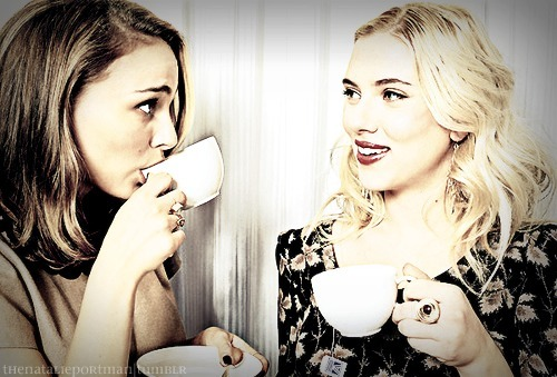 actress, beautiful, friends, natalie portman, please kiss, pretty, scarlet johanson, scarlett johanson, tea, vintage