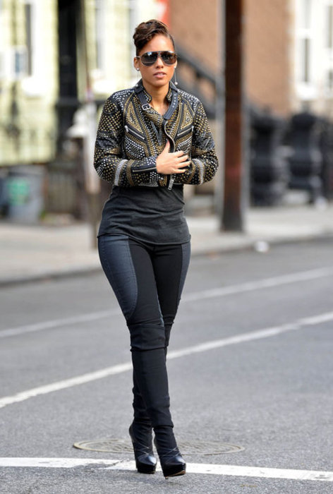 alicia keys, fashion, gorgeous, hair, heels