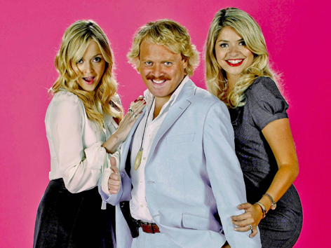 celebrity juice, fearne cotton, holly willoughby, keith lemon, keith leon