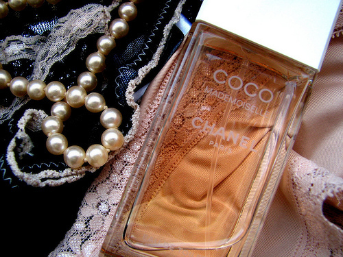 chanel, coco mademoiselle, fashion, girl, lace, paris, pearl, perfume, want