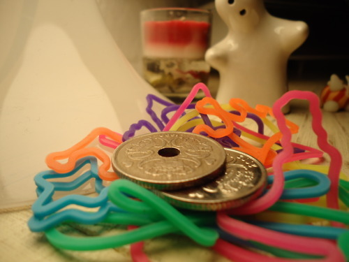 colors, crazy bands, five cent, money, silly bands