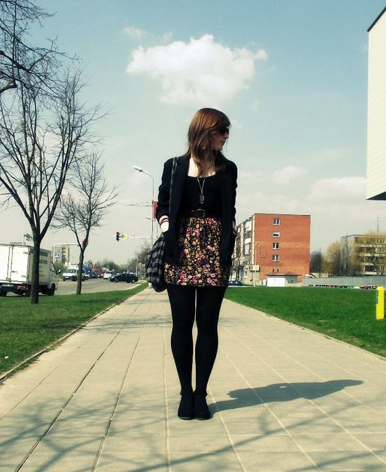 # fashion, art, beauty, brunette, city, cute, dress, girl, glasses, hair, love, photography, pretty, skirt, sky, spring, summer