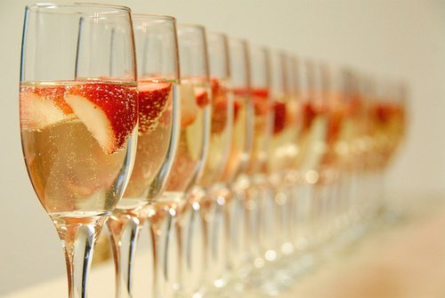 alcohol, champagne, drink, strawberries
