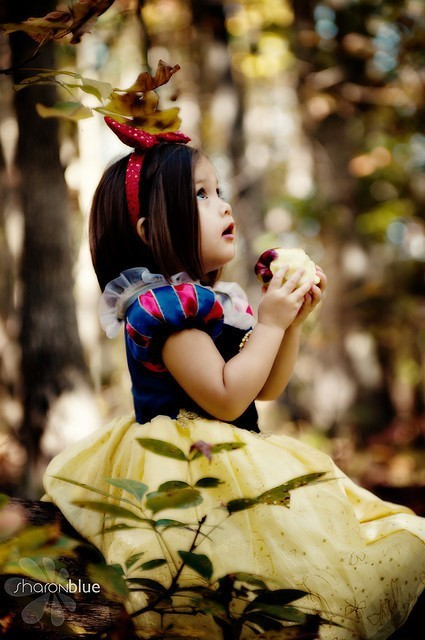 apple, cute, girl, princess, snow white, woods