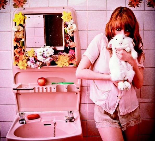 bathroom, florence + the machine, florence welch, pink, rabbit
