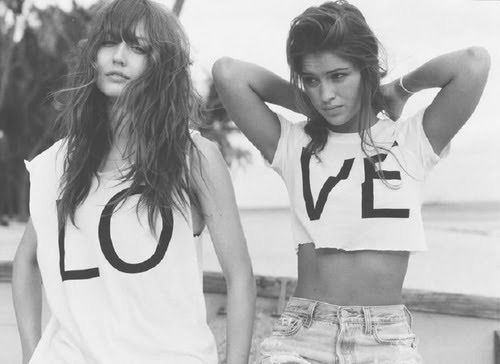 beach, black and white, friends, girls , hair