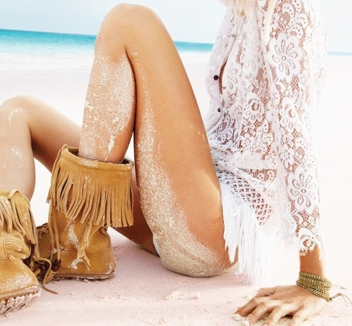 beach, fashion, girl, lace, sand, tan, water, white, white lace