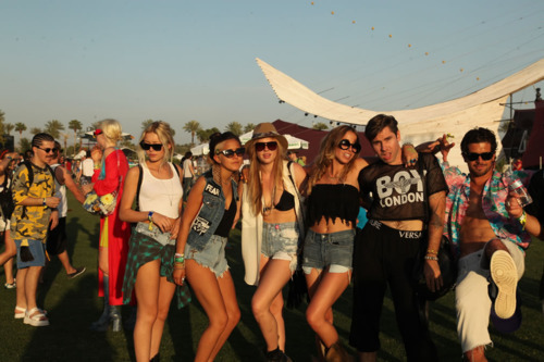 blonde, boys, brunette, clothes, coachella