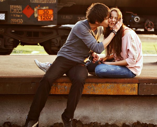 boy, couple, cute, girl, kiss, photography, separate with comma, street, train