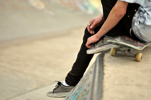 boy, cute, guy, hot, ring, sexy, shoe, shoes, skate, skateboard, skating, vans