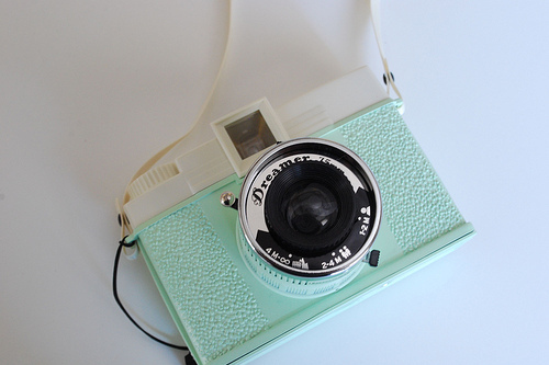 camera, diana, dreamer, ivory, lomo, lomography, lovely, photography, pretty, retro, seafoam, urban outfitters, vintage