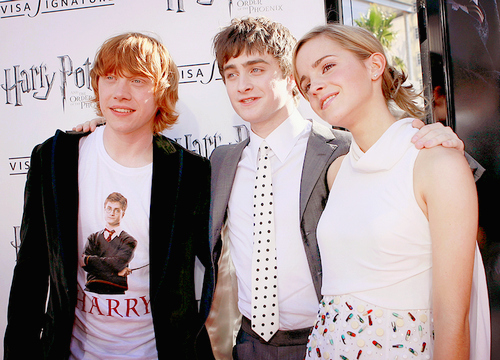 daniel radcliffe, emma watson, harry potter, harry ron and hermione, ron weasley