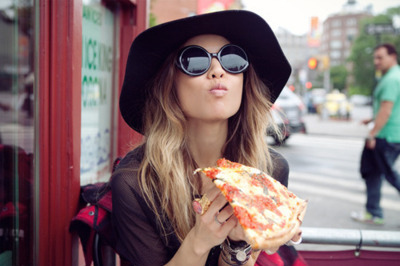 fashion, girl, glasses, pizza, rumi