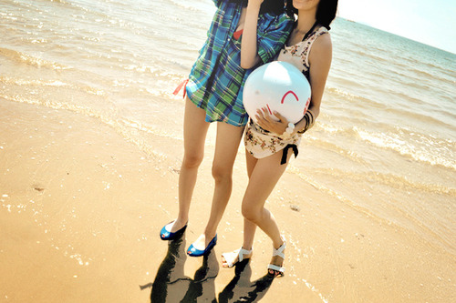 beach, cute, friends, friendship, girl