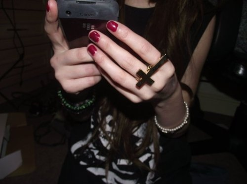 black, blackberry, bracelets, clothes, cross, cross ring, double finger, drunk, fashion, fun, girl, hand, hands, jewellery, misfits, nails, party, photography, pretty, red, ring, self, skinny, the misfits, thin, urban outfitter, woman