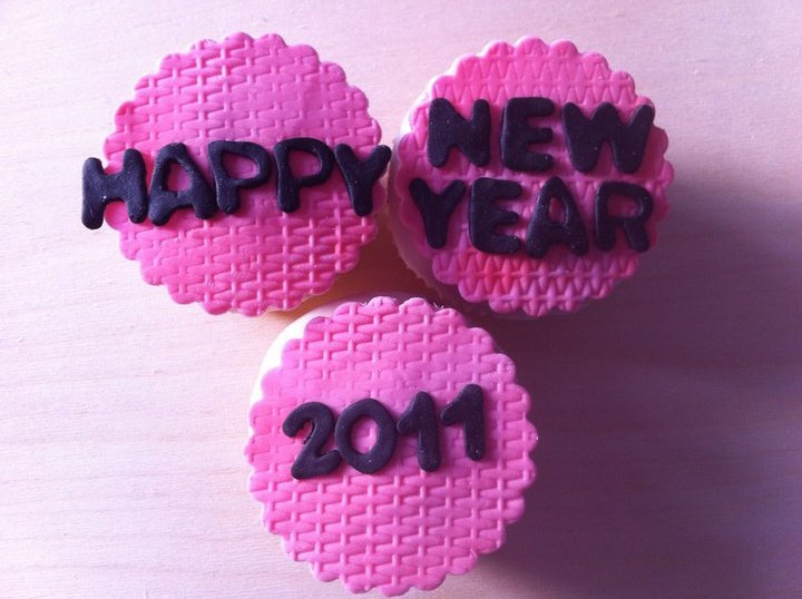 cupcakes, happy new year, lolas cupcakes, muffins, sweet