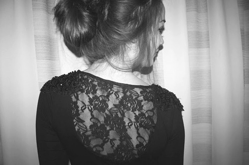 Back black black and white girl hair image 144773 - Image de fille noir et blanc ...