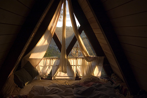 bed, home, pretty, windows