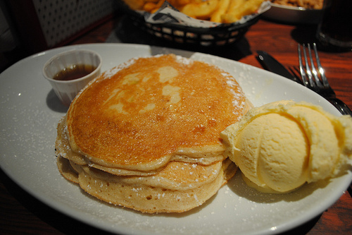 food, ice cream, pancakes, syrup, yummy