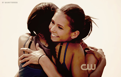 bonnie, elena, elena gilbert, nina dobrev, the vampire diaries
