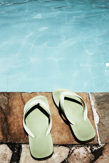 classic best prices pretty cool havaianas, lifestyle, summer, verao - image #146221 on Favim.com