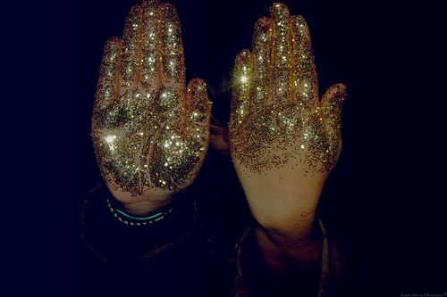 art, beautiful, cute, dark, fashion, girl, glitter, gold, golden, hands, night, photo, photography, pretty, sparkle