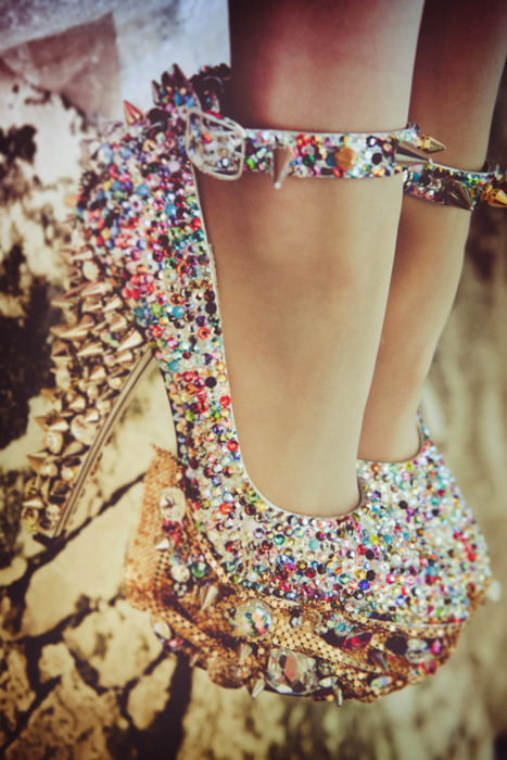 amazing, blythe, fashion, gold, heels, jewels, shoes, spikes, studs
