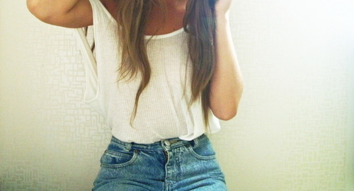 baggy, blonde, body, cute, demin, fashion, girl, hair, long, loose, shirt, shorts, sunlight, tan, tanktop, vintage, white