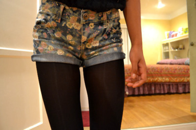 floral, georgiana, room, shorts, tights