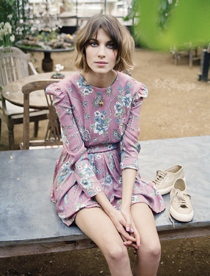 alexa, alexa chung, eyes, fashion, model, pretty, shoes, vintage