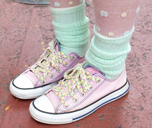 all star, converse, cute, feet, girl, green, pink, shoes, socks, spots, stars, tights