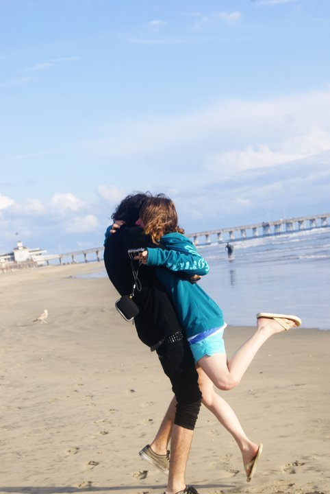 beach, emo, hug, kiss, love, lovers, newport, sea, seaside, shorts