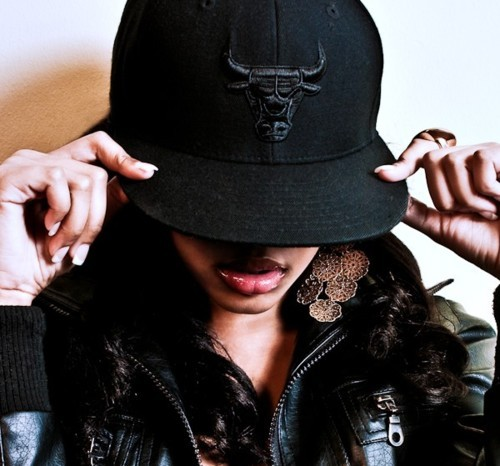 beautiful, bulls, chicago, chicago bulls, earrings, fitted, girl, hat, nails, pretty