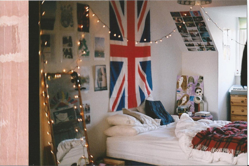 bed, british, decor, lights, room