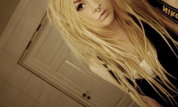 blonde, dreads, emo, girl, nikon
