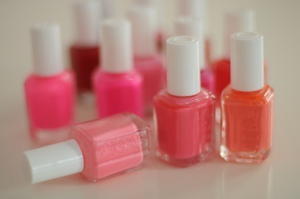 essie, fashion, nail polish, nails, pink, red, style