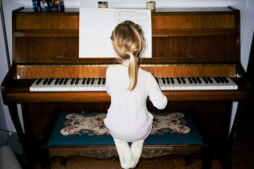 girl, little girl, piano
