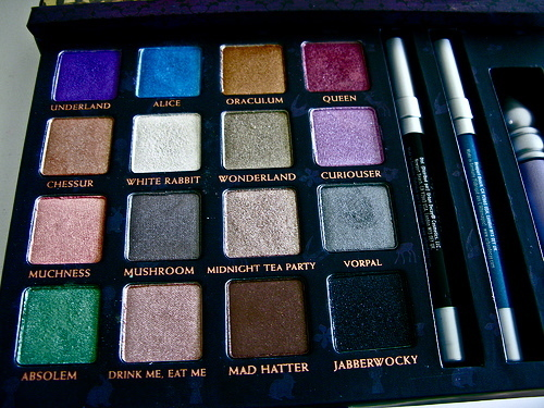 alice, alice in wonderland, beauty, eyeshadow, make-up, makeup, shadows