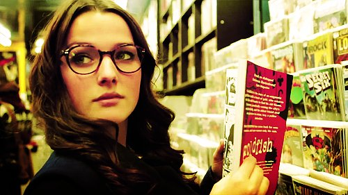 annie clark, comic book, comic books, comics, degrassi, fiona coyne, girl, glasses, reading, First Set on Favim.com