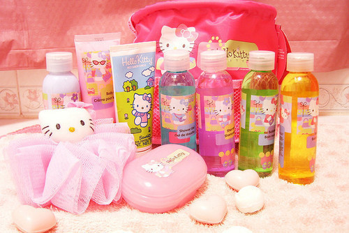 bathing lotion, cute, hello kitty