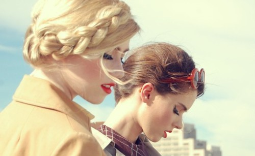 blonde, blonde and brunette, brade, brunette, fashion, lips, red