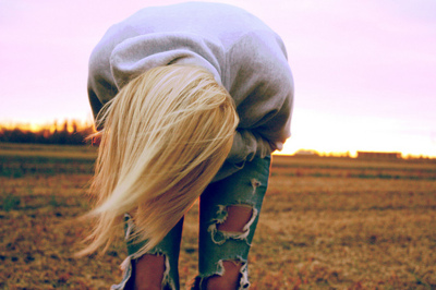 blonde, cute, fashion, girl, hair, jeans, long, ripped, separate with comma