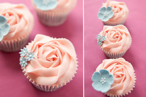 blue, colors, cupcakes, floral, flowers, frosting, pink, pretty, yummy