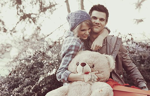 couple, love, sutyimo, taylor lautner, taylor swift