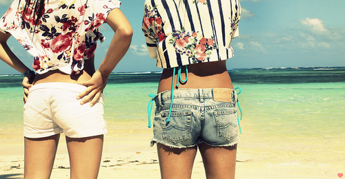 america, beach, beautiful, floral, flowers, girls, highwaist, sand, sea, separate with comma, shorts, skinny, tan
