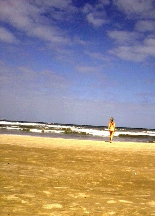 areia, beach, bikini, blonde, girl, mar, ocean, paradise, praia, sand, sol, summer, sun, surf, walk, waves