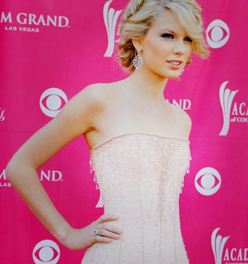 beautiful, diva, pink, taylor swift