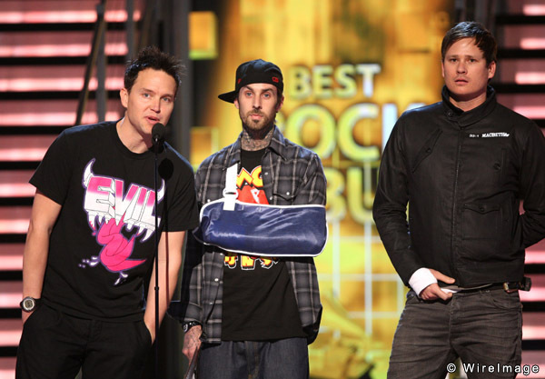 blink are back bitches, blink182, epic, mark hoppus, tom delonge, travis barker