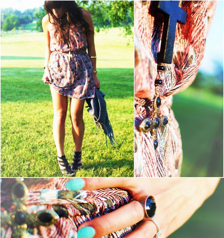 dress, elenaandlua, fashion, girl, grass, jewelry, nails, necklace, photo, photography, ring, shoes