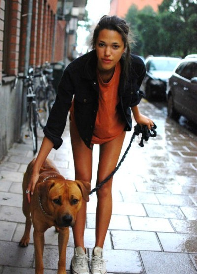 bull, bulldog, dog, girl, leash, legs, orange, pit, pretty, rain, shirt, shoes, signe, signe siemeson, skinny, skinny legs, slender, slim, tan, thin, thinspiration, walk, white